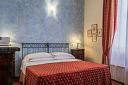 Bed & Breakfast in Florence center Home in Florence B&B - Official Website